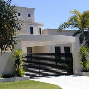 stylish_aluminium_electric_gate_by_east_coast_garage_doors