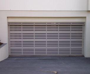 Aluminium Panel Lift Doors 001 Flat Box Slats