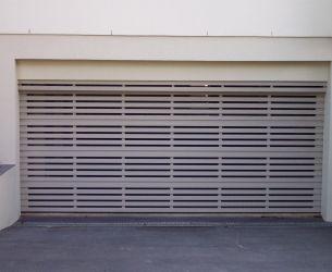 Aluminium Panel Lift Doors 002 Flat Box Slats